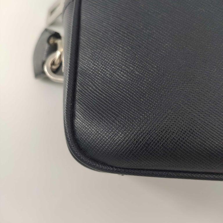 PRADA Shoulder bag in Blue Leather For Sale 6