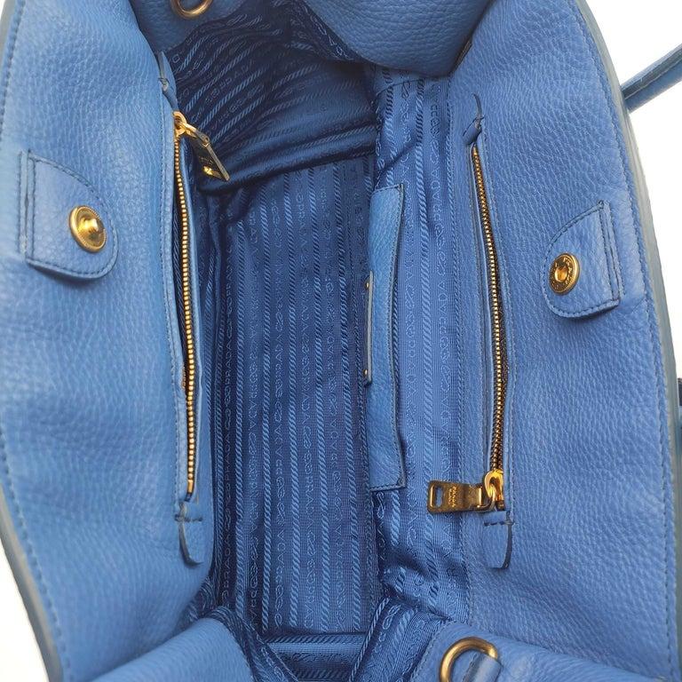 PRADA Shoulder bag in Blue Leather For Sale 1