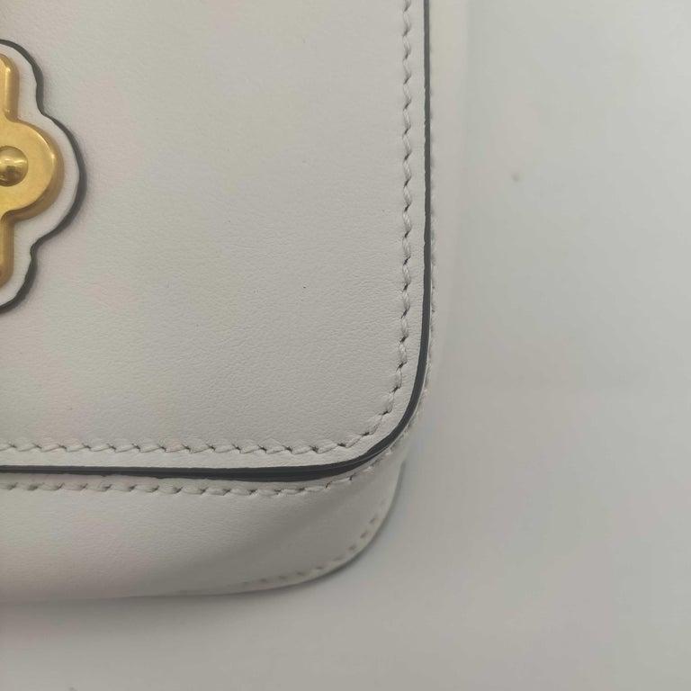 PRADA Shoulder bag in White Leather For Sale 5