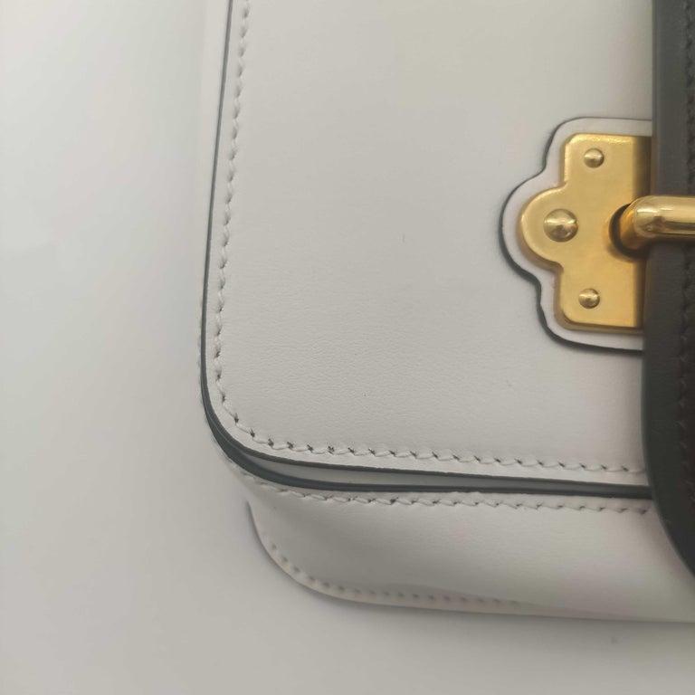 PRADA Shoulder bag in White Leather For Sale 4