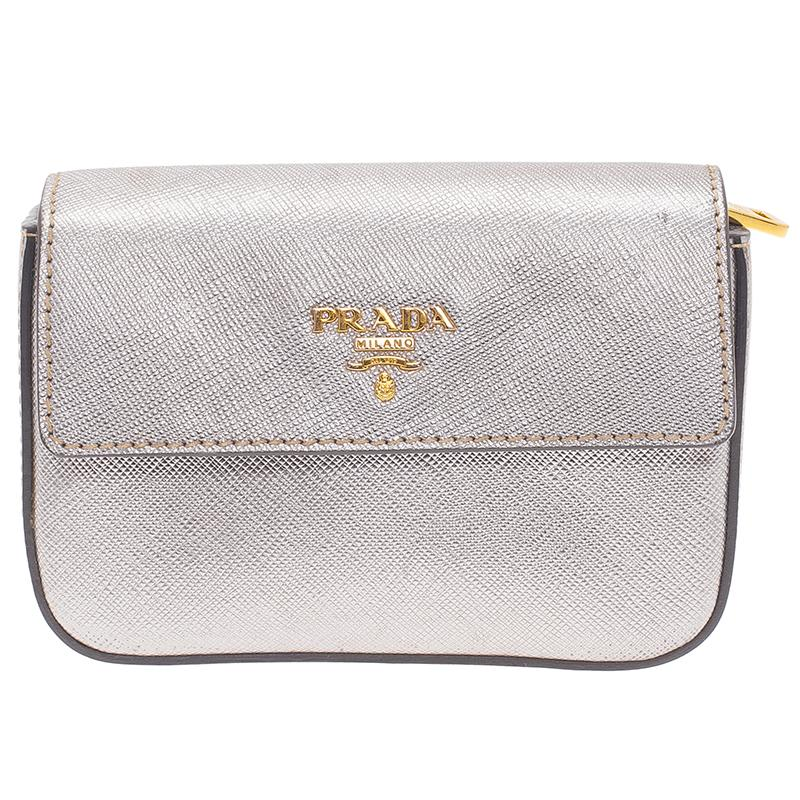 814ab85452 Vintage Prada Clutches - 33 For Sale at 1stdibs