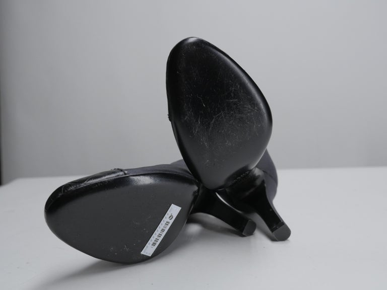 Prada Size 37 Black Pumps For Sale 7
