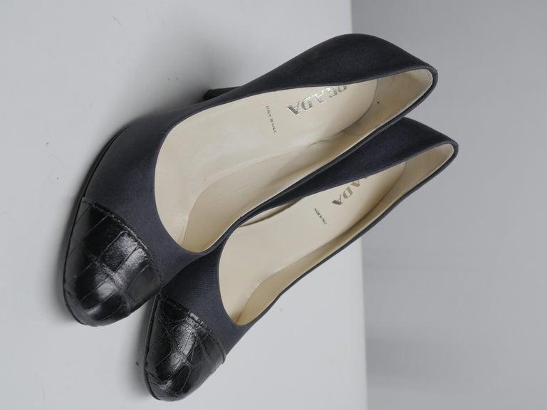 Prada Size 37 Black Pumps For Sale 1