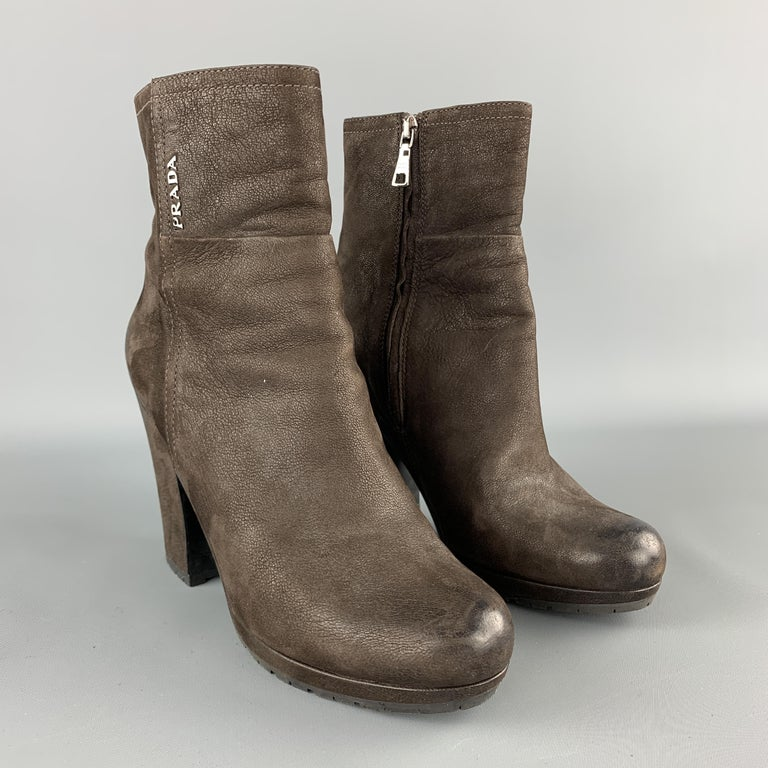 PRADA Size 7.5 Brown Leather Chunky Heel Ankle Boots In Good Condition For Sale In San Francisco, CA