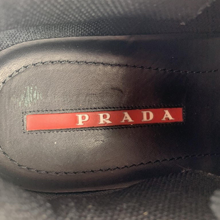 PRADA Size 9 Black & Navy Mesh & Leather Chunky Rubber Sole Sneaker For Sale 3