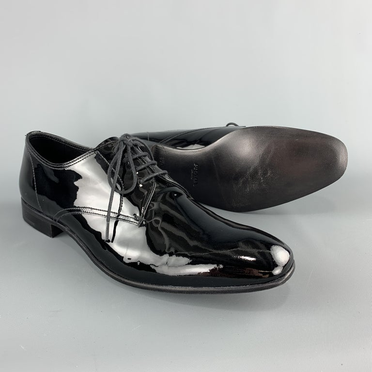 Men's PRADA Size 9.5 Black Patent Leather Lace Up Dress Shoes For Sale