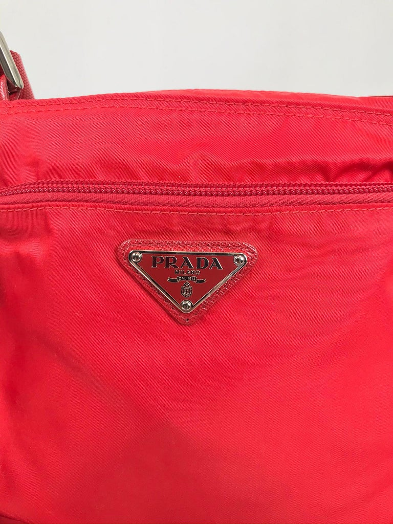 Prada Small Nylon Cross Body Handbag in Red In Excellent Condition In West Palm Beach, FL