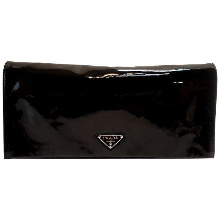 Prada Spazzolato C;assic Black Clutch Handbag For Sale