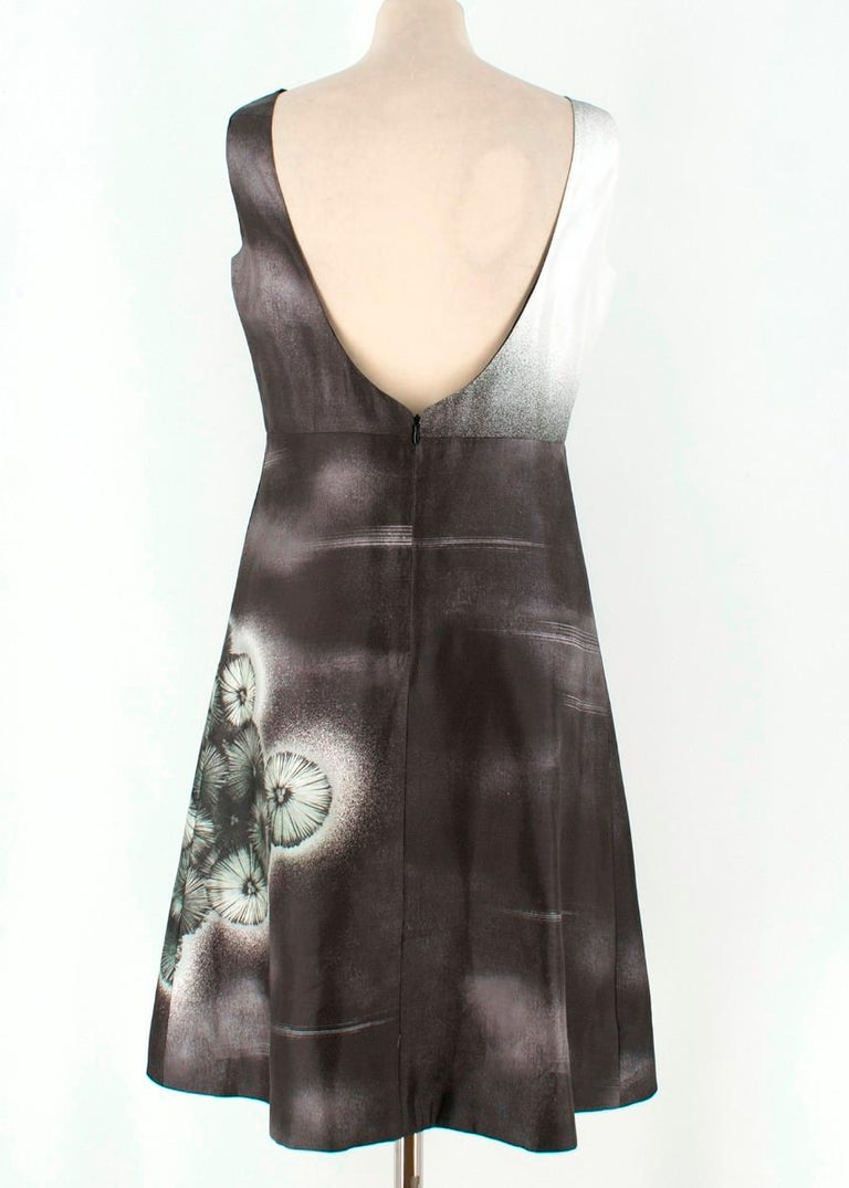 Prada Special Edition Bi-Colour Printed Silk Dress US 6 In Excellent Condition For Sale In London, GB