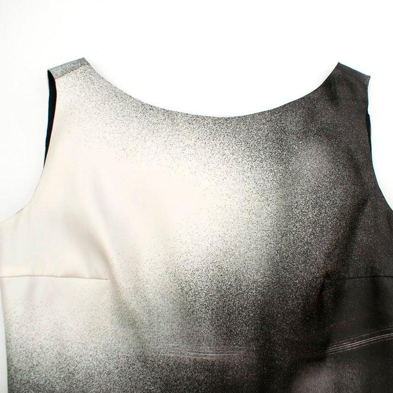 Prada Special Edition Bi-Colour Printed Silk Dress US 6 For Sale 3