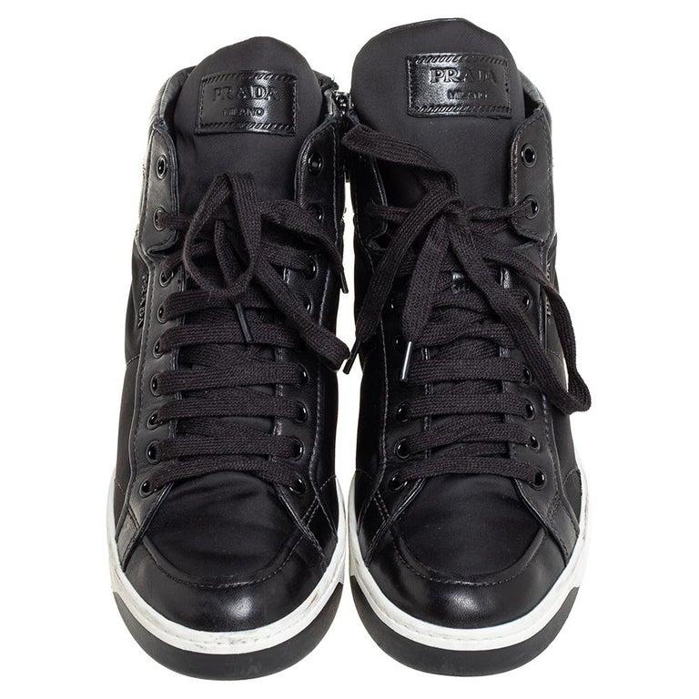 Prada Sport Black Nylon And Leather High Top Sneakers Size 40 In Good Condition For Sale In Dubai, Al Qouz 2