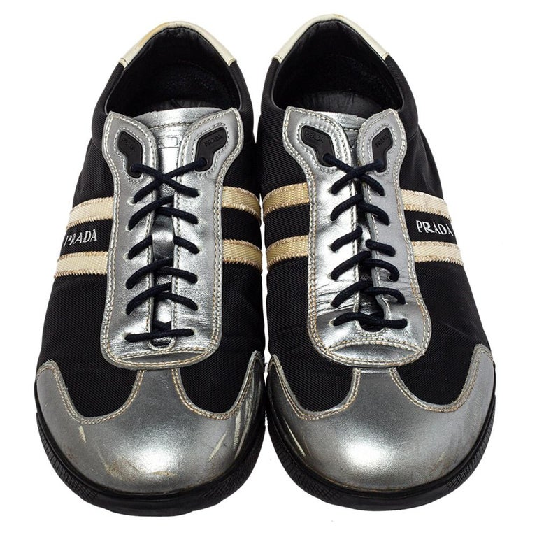 Prada Sport Black/Silver Nylon And Leather Low Top Sneakers Size 42 In Fair Condition For Sale In Dubai, Al Qouz 2