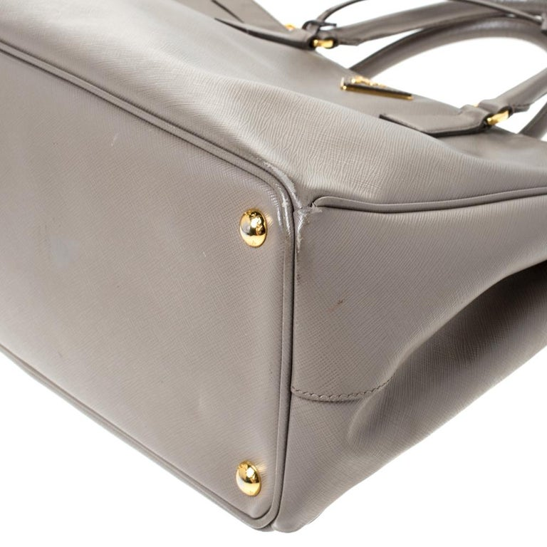 Prada Taupe Saffiano Lux Leather Large Double Zip Tote For Sale 4