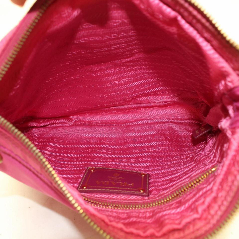 704a1939dc44 Prada Tessuto Messenger 868871 Pink Nylon Cross Body Bag For Sale at 1stdibs