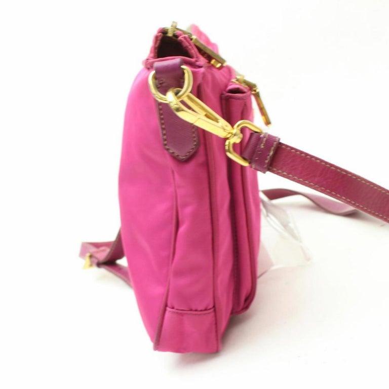 f3f2f94be611 Prada Tessuto Messenger 868871 Pink Nylon Cross Body Bag For Sale at ...