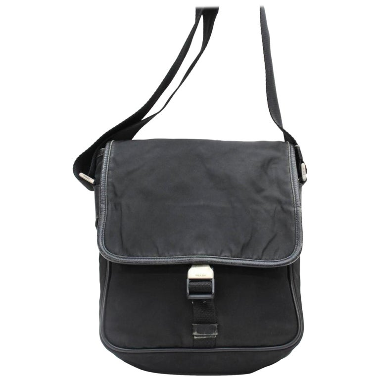 e75c065cb809c2 Prada Tessuto Pack 867943 Black Nylon Cross Body Bag For Sale at 1stdibs
