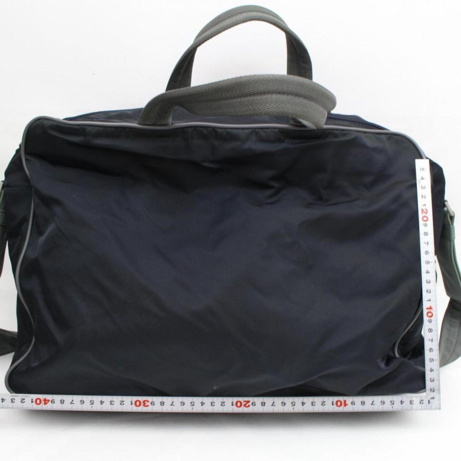 06d5ca0ce9cfcb Prada Tessuto Sports 2way 868066 Black Nylon Weekend/Travel Bag For Sale at  1stdibs