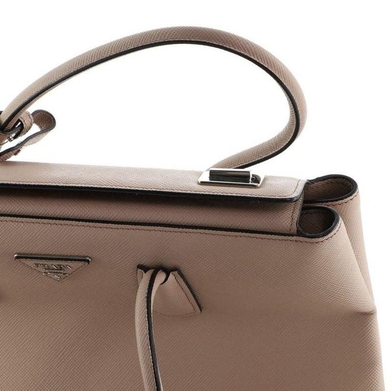 Prada Turnlock Cuir Twin Tote Saffiano Leather Medium For Sale 4