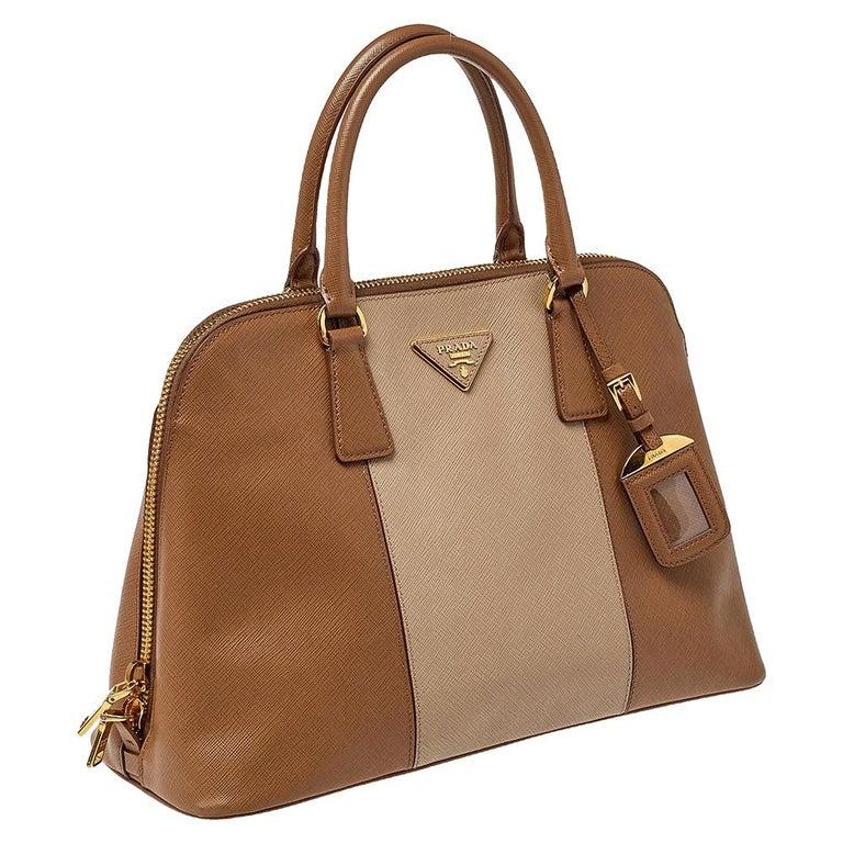 Prada Two Tone Saffiano Lux Leather Promenade Satchel In Good Condition For Sale In Dubai, Al Qouz 2