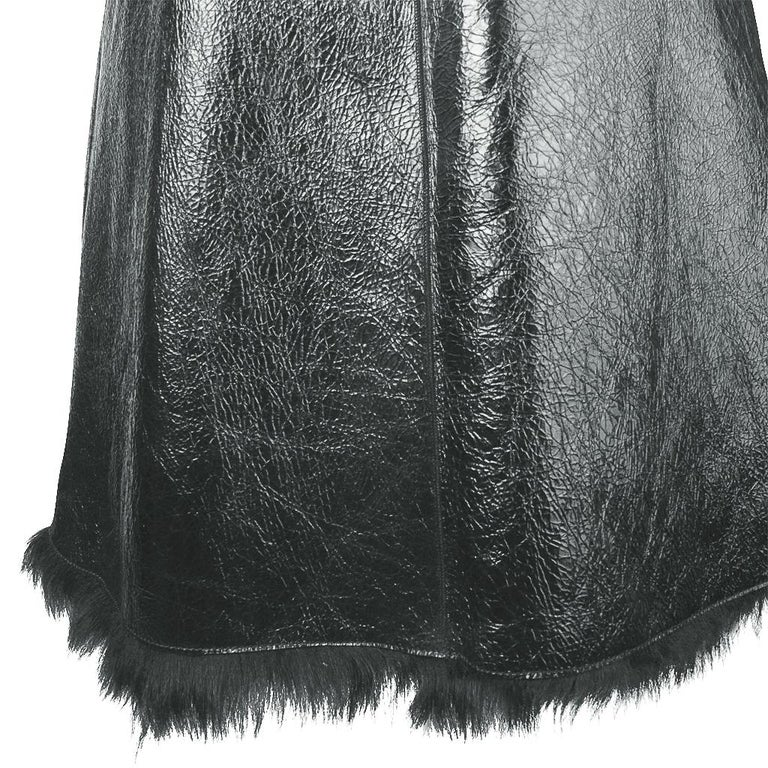 Prada Vest Knee Length Patent Leather Shearling Fur  42 / 8 For Sale 8