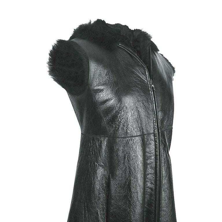 Black Prada Vest Knee Length Patent Leather Shearling Fur  42 / 8 For Sale