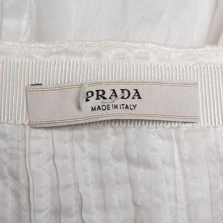 Prada Vintage White Cotton Contrast Trim Pleated Midi Skirt S In Good Condition For Sale In Dubai, Al Qouz 2