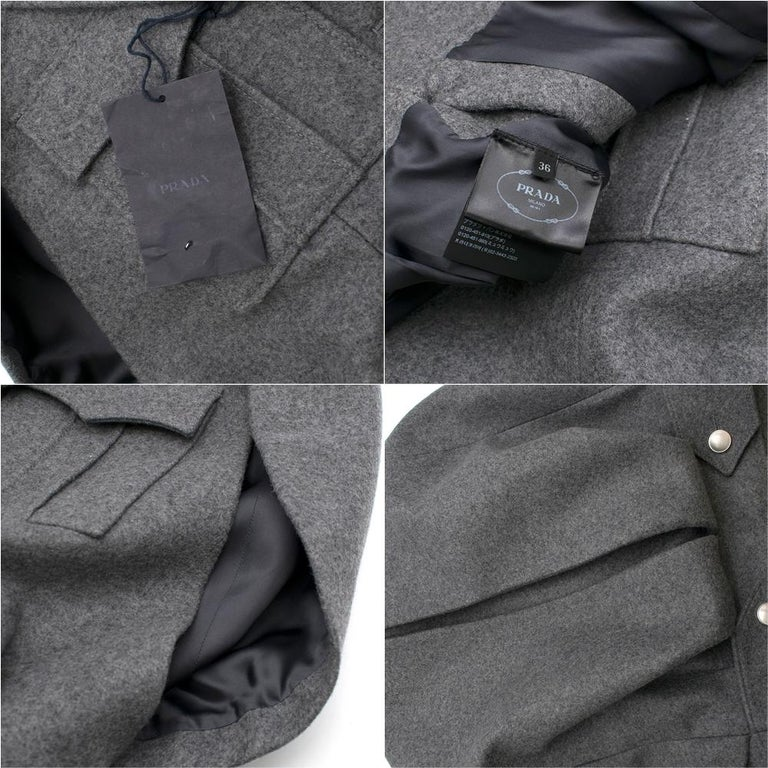 Prada Virgin Wool Single Breasted Wool Cape - New Season 36 UK4 For Sale 4