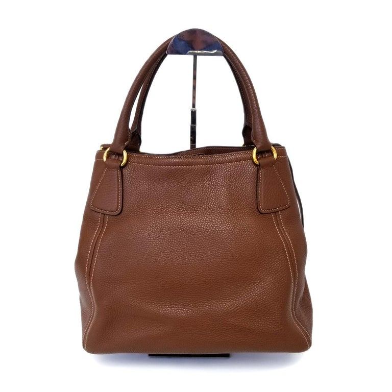 Prada Vitello Daino Brown Solid Satchel Handbag In Good Condition For Sale In Columbia, MO