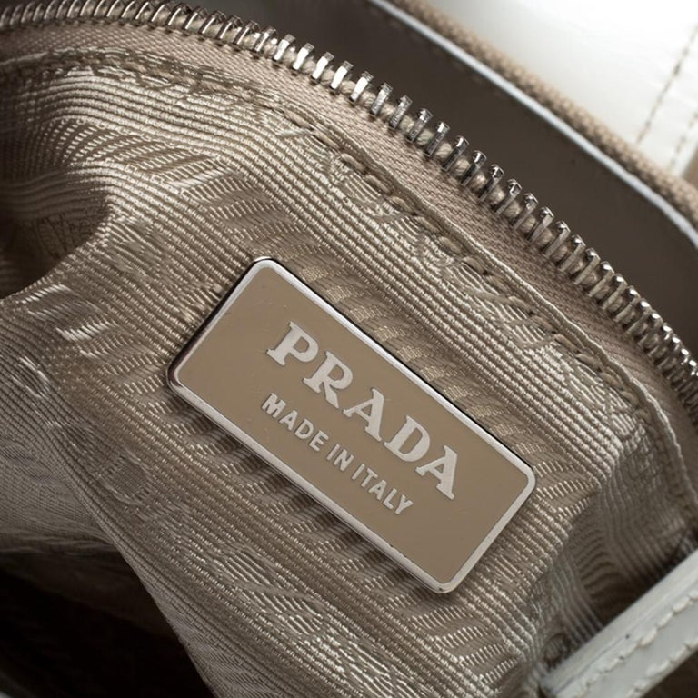 Prada White Leather and Canvas Shoulder Bag For Sale 3