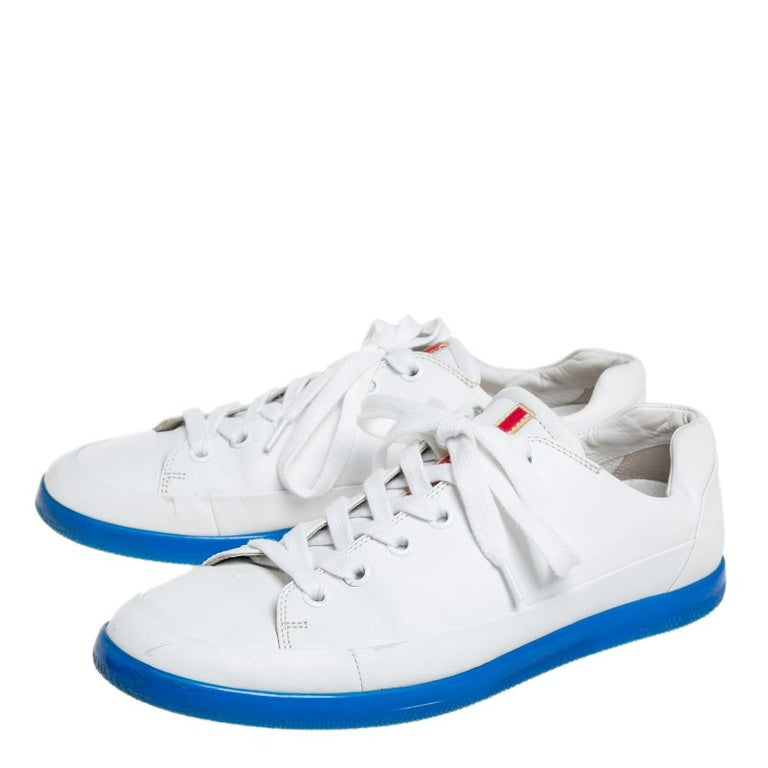 Gray Prada White Leather Low Top Sneakers Size 42 For Sale