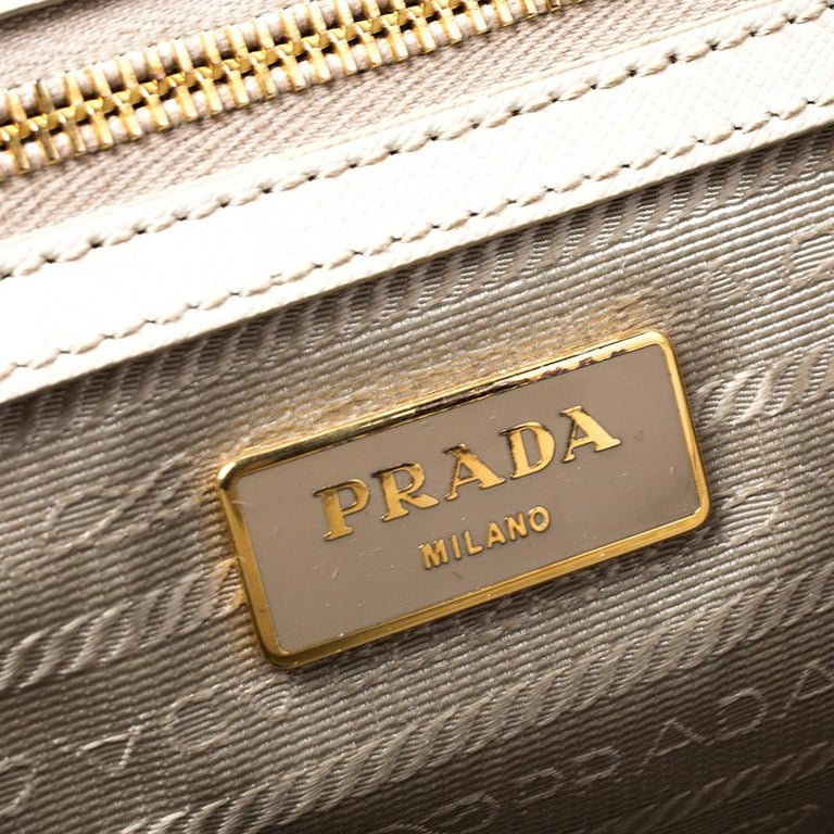 Prada White Saffiano Lux Leather Large Double Zip Tote For Sale 3