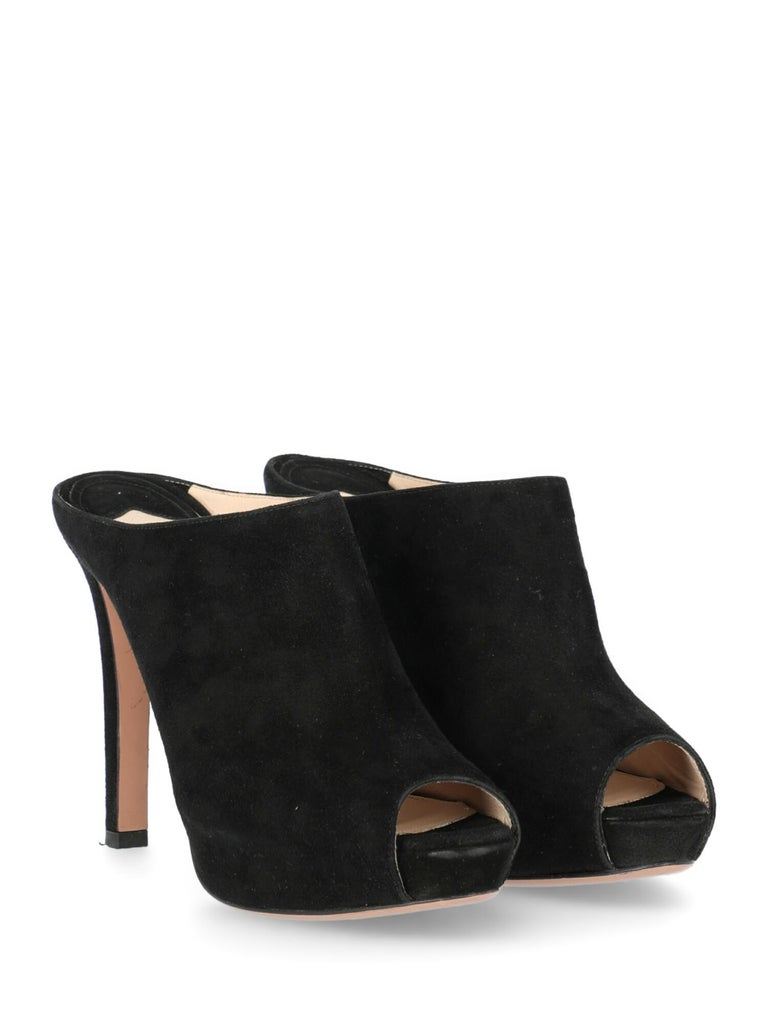 Mules, leather, solid color, backless design, internal logo, suede, no fastening, open toe, branded insole, branded sole, stiletto heel, high heel. Product Condition: Very Good. Heel: negligible scratches. Sole: negligible signs of use. Upper: