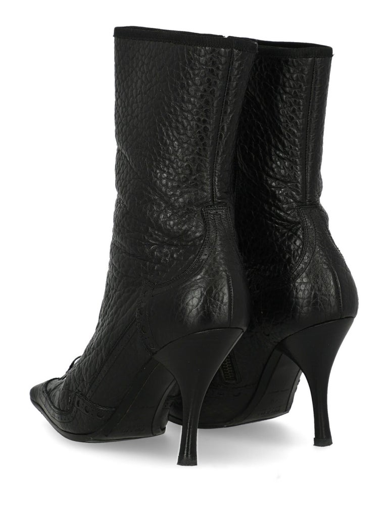 Prada  Women   Ankle boots  Black Leather EU 40 In Good Condition For Sale In Milan, IT
