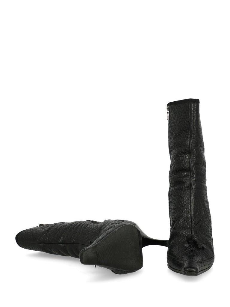 Women's Prada  Women   Ankle boots  Black Leather EU 40 For Sale