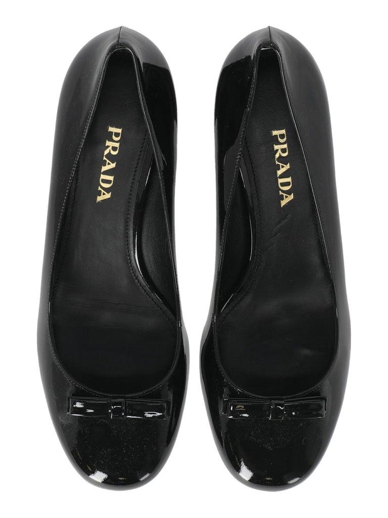 Prada  Women   Pumps  Black Leather EU 39 For Sale 1