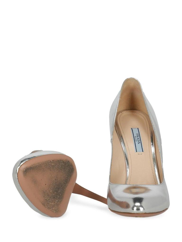 Women's Prada  Women   Pumps  Silver Leather EU 40 For Sale