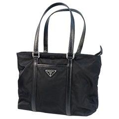PRADA Womens tote bag Nero( black)