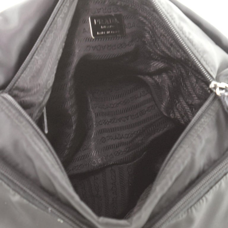 Prada Zip Buckle Messenger Bag Tessuto Medium For Sale 4