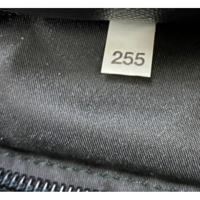 Prada Zip Messenger Bag Tessuto Medium For Sale 3
