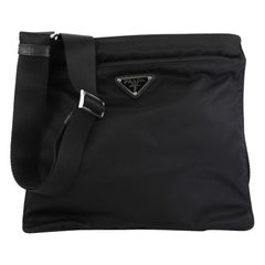 Prada Zip Messenger Bag Tessuto Medium