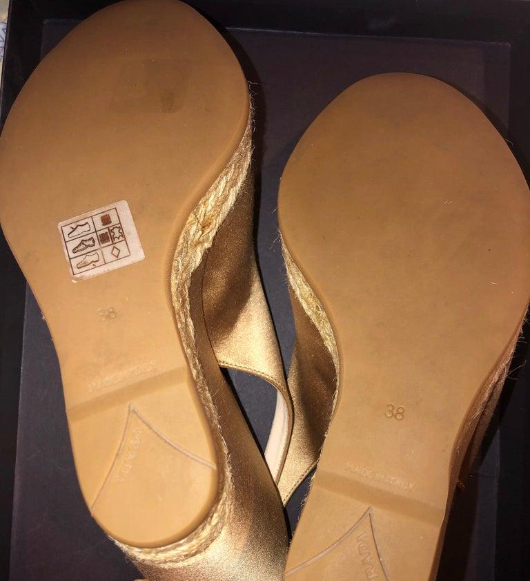 Prado Satin Raso Caramel Wedge Heel Sandals with Floral Flower Trimming For Sale 4