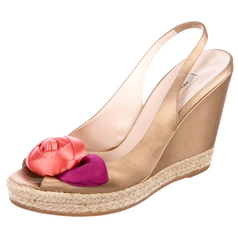 Prado Satin Raso Caramel Wedge Heel Sandals with Floral Flower Trimming For Sale
