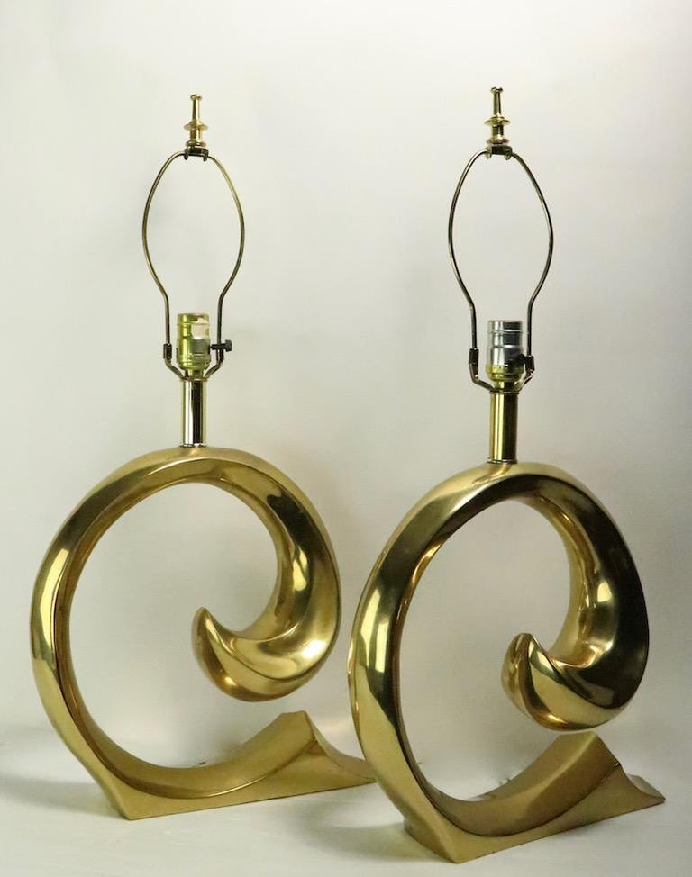 Pair of Brass Wave Lamps by Erwin Lambeth Design Attributed to Pierre Cardin For Sale 2