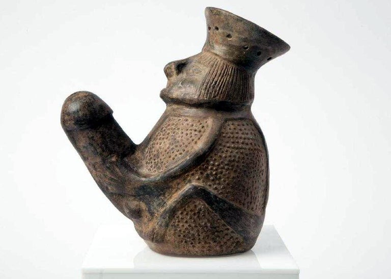 Pre-Columbian Erotic Pottery from the Chimu Culture For Sale 1