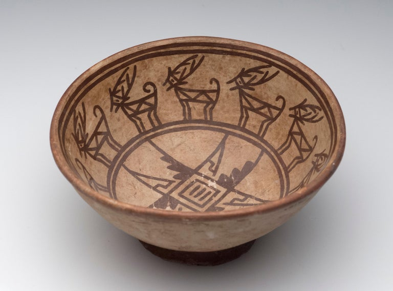 Pre-Columbian Narino Bowl with Deer For Sale 4
