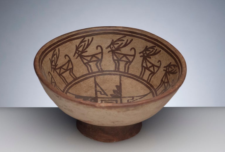 Colombian Pre-Columbian Narino Bowl with Deer For Sale