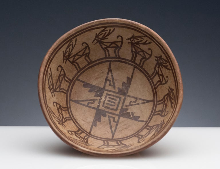 18th Century and Earlier Pre-Columbian Narino Bowl with Deer For Sale