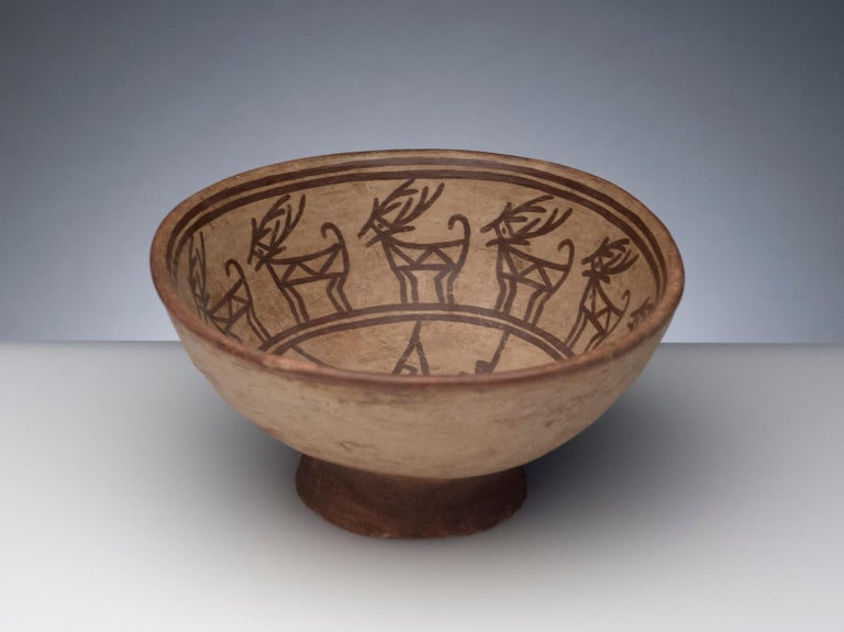 Pre-Columbian Narino Bowl with Deer For Sale 2