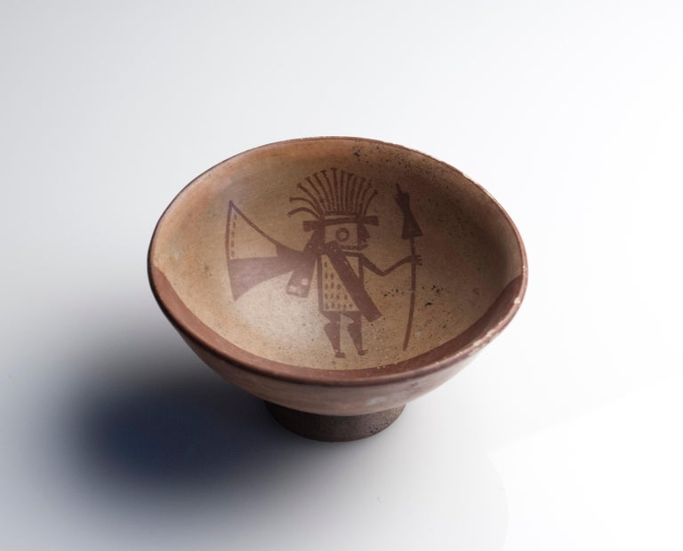 Pre-Columbian Narino Warrior Bowl In Excellent Condition For Sale In Washington, DC