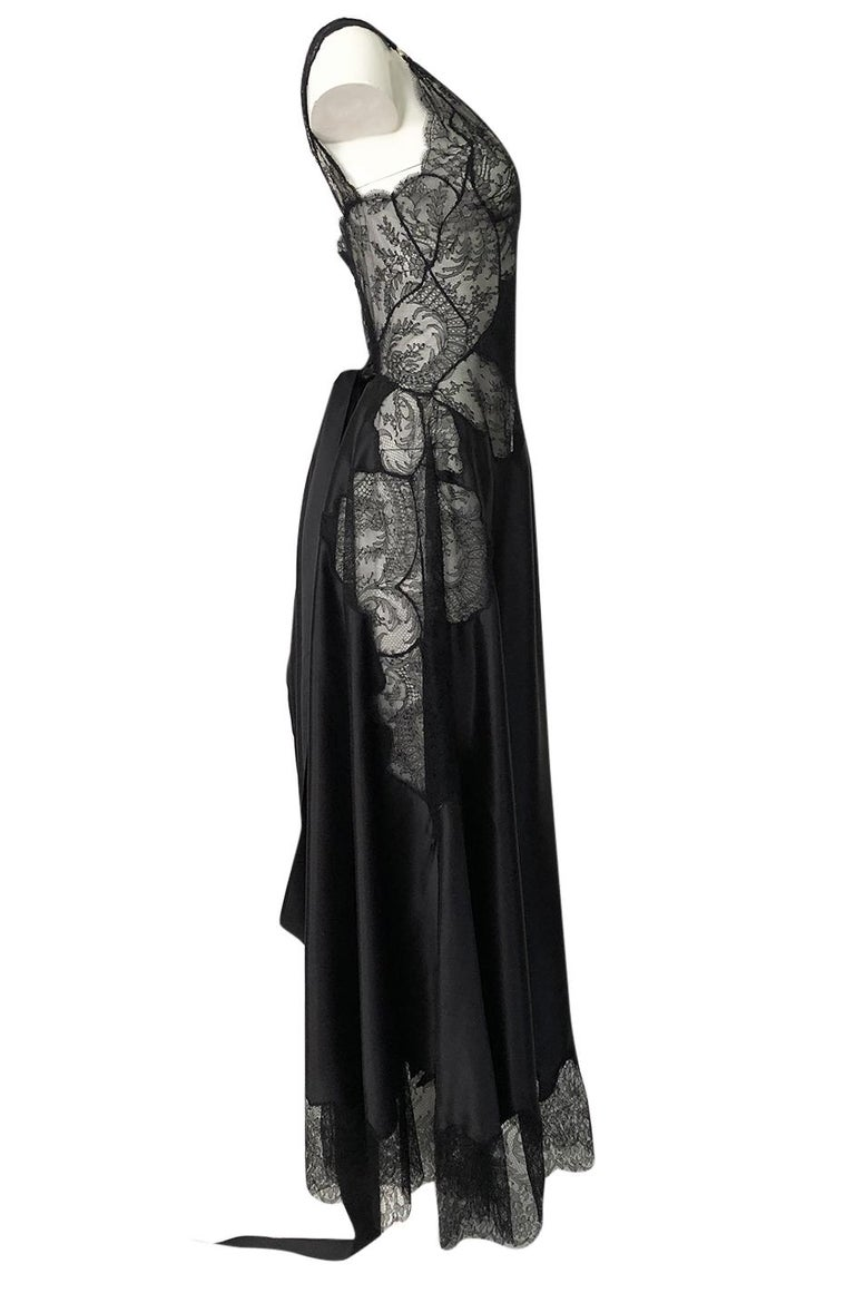 Pre-Fall 2015 Ricardo Tisci for Givenchy Black Silk Satin & Lace Dress In Excellent Condition For Sale In Rockwood, ON